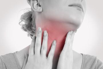 щитовидная железа болит у женщины